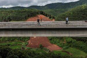 ferrocarril entre China y Laos