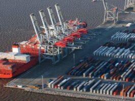 Vista del puerto de Montevideo